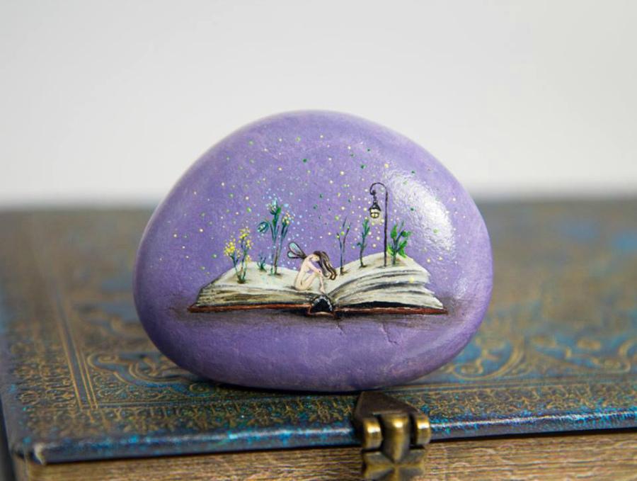 картинки миниатюра на камне зимние найдёте